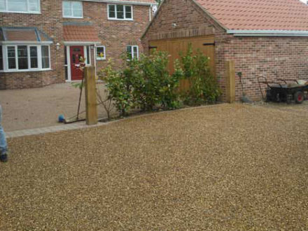 Resin bound gravel gives you the attraction of washed natural stone in a tough durable UV stable resin. It's flexible, offers plenty of options and can be driven on the day after it's installed.